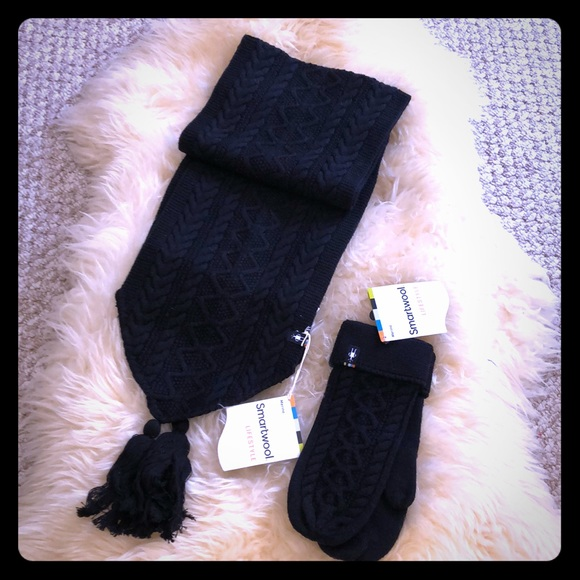 0af33718b72 Smartwool Bunny Slope Scarf + Mittens. NWT. Smartwool.  50  100. Size